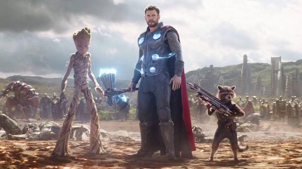 Танос превратил в пыль щелчком режисера