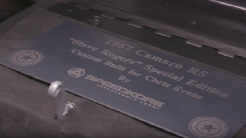 Chevrolet Camaro, подаренный Робертом Дауни-мл. Крису Эвансу